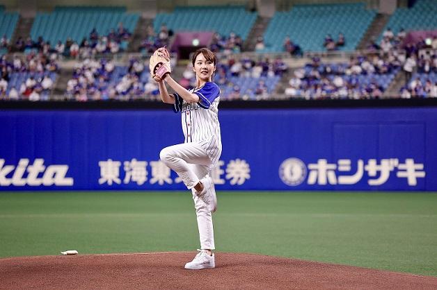 柴田美奈始球式