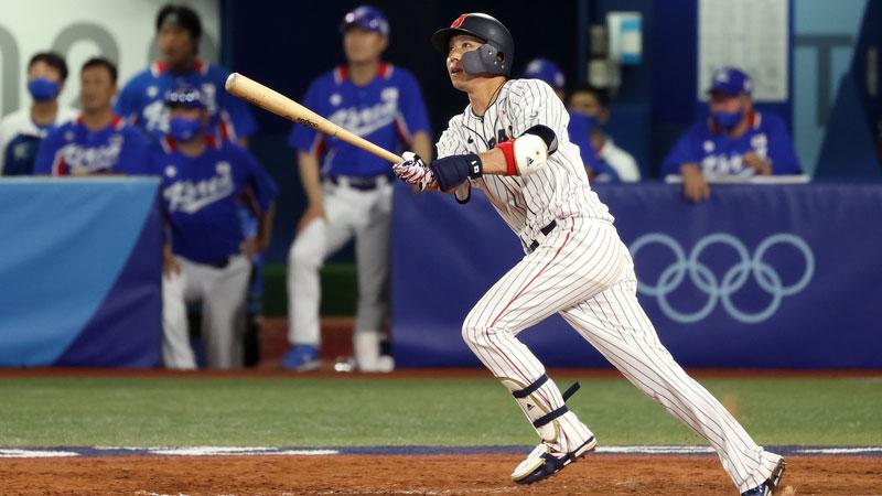 準決勝韓国戦、山田哲人の勝ち越し二塁打3打点